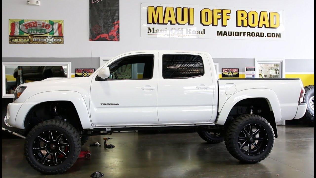 Tacoma 6 Fabtech 33x12 5r20 Toyo Mt S Fuel Maverick Wheels Youtube