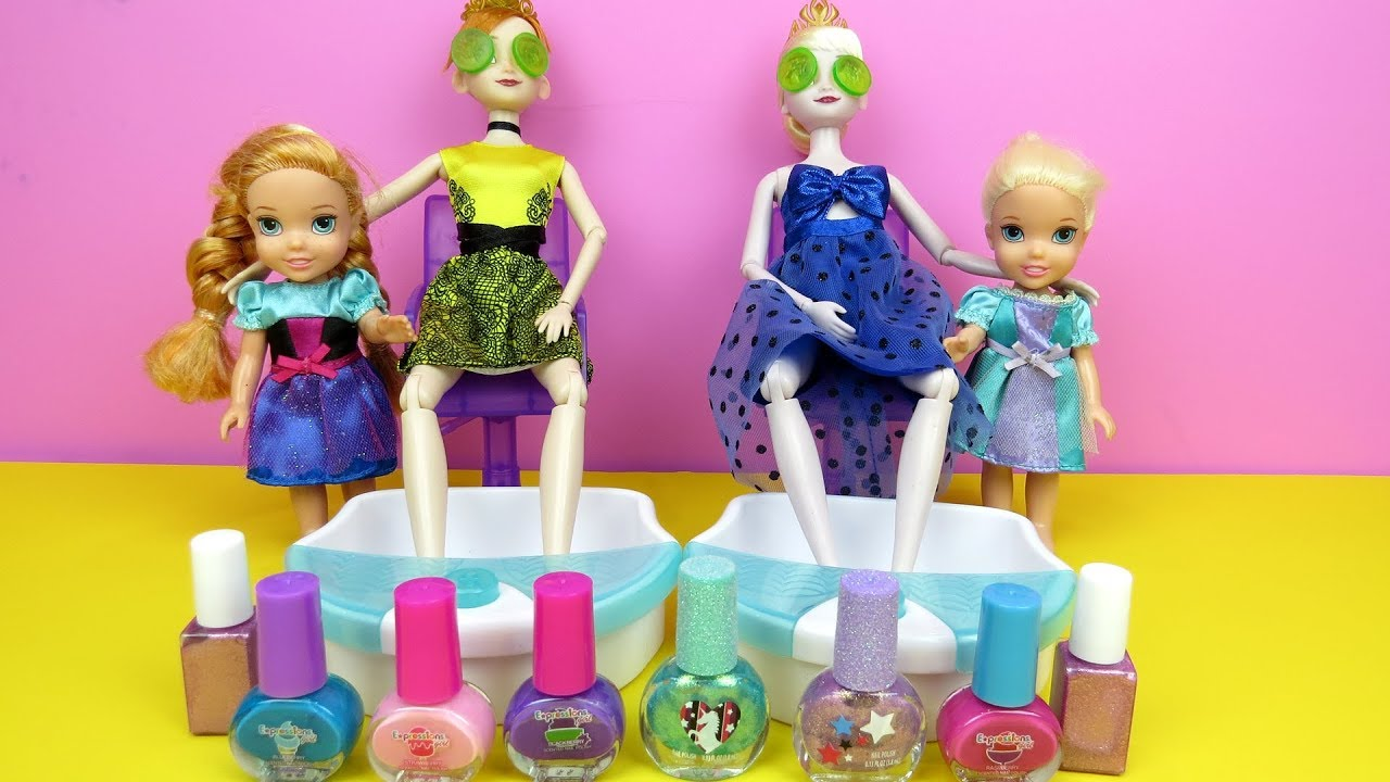 Elsa Anna Spa Elsa And Anna Toddlers At Beauty Salon Barbie Is Hair Stylist Nails Painting Shopping