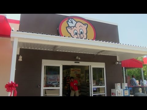 Piggly Wiggly opens new grocery store in Oriental