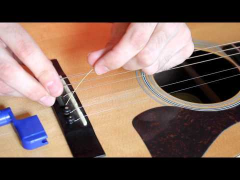 how-to-change-an-acoustic-guitar-string,-easy!