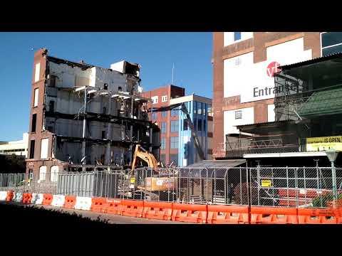 VF Outlet Center demolition (update 11/17/17) - YouTube