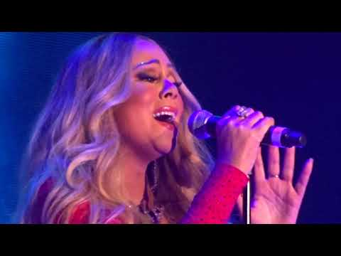 Mariah Carey - OH HOLY NIGHT - Paris FRANCE - 9 Décembre 2017
