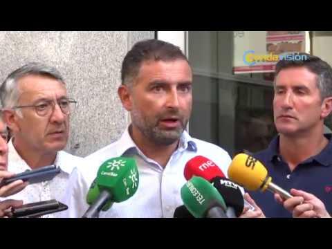 Concentración de agricultores de Huelva ante la Subdelegación – Condavisión