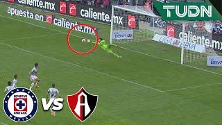 ¡Pero qué atajadón de Camilo Vargas!  | Cruz Azul 1 - 0 Atlas | Liga Mx - CL 2020 J1 | TUDN