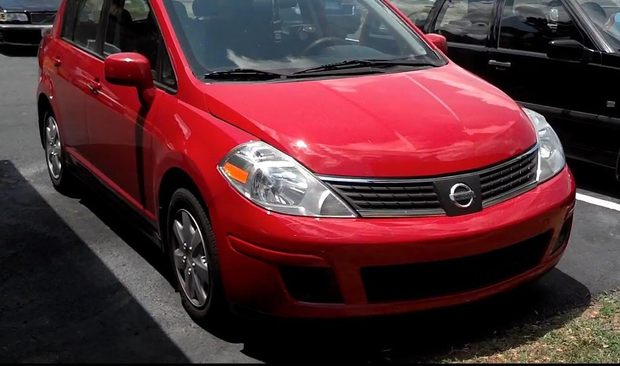 2008 nissan versa (tiida) review and test drive - votd - youtube