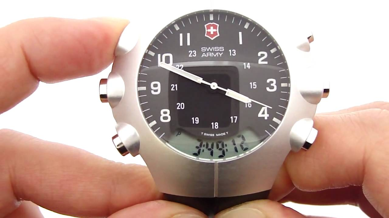 Swiss Army Startech 3000 Watch W Alimeter Barometer