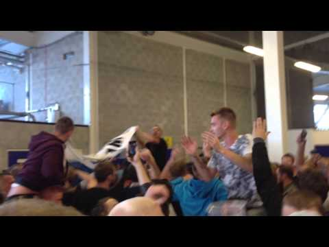 Vincent Kompany song - Man City fans away at Cardiff (August 2013)