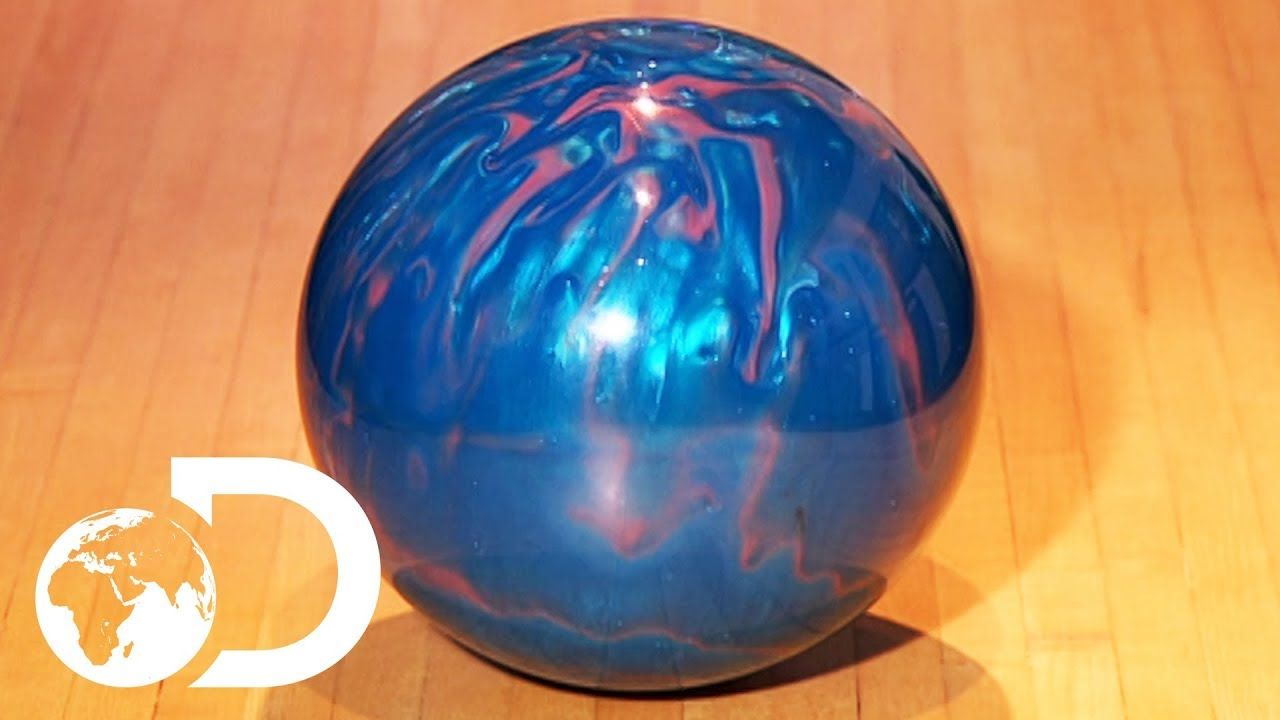 BOWLING BALLS | How It's Made - YouTube