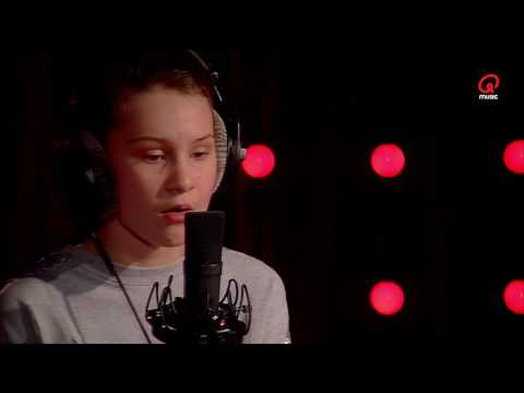 Vincent Fierens: The Voice Kids: Babs - You Don't Know Me (Cover) (Live bij Q)
