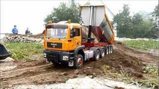 Road Construction with the Liebherr Crawler Loader LR 634---- Straßenbau mit der Liebherr LR 634