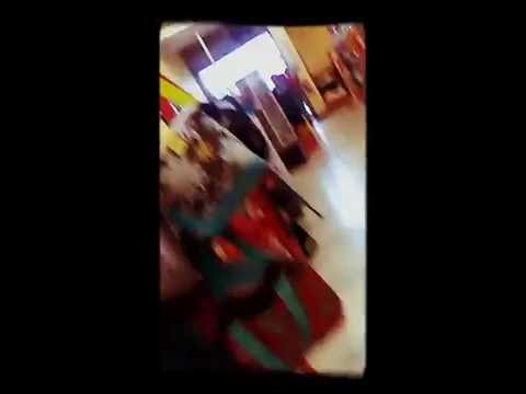 Lady steals from Family Dollar