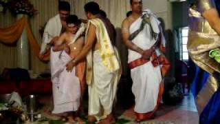 Delanthabettu Shreyas Upanayana at Bhadravathi March 13,2009 (18).MOV