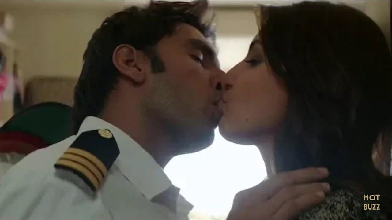 Anushka Sharma Sex Scene anushka sharma hot kissing scene - youtube