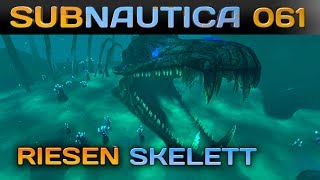 🌊 SUBNAUTICA [061] [Lost River & riesiges Skelett] Let's Play Gameplay Deutsch German thumbnail