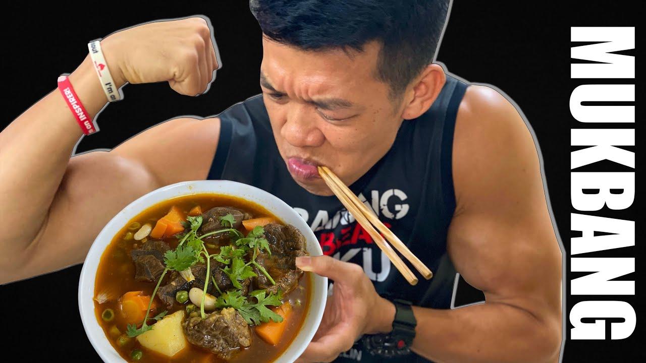 Mukbang ăn bò kho siêu ngon và trả lời câu hỏi ngáo vãi🤪😂 #LHWorkout