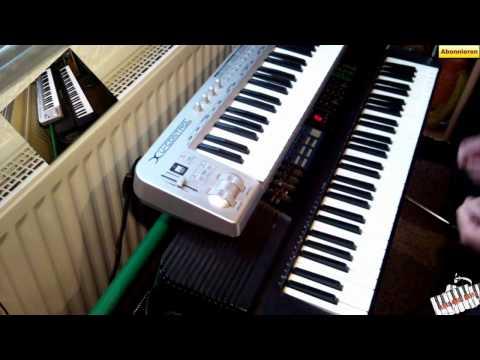 online klavierkurse spielend leicht klavier lernen. Black Bedroom Furniture Sets. Home Design Ideas