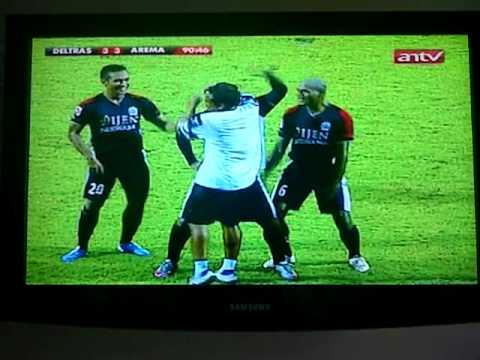 ISL: Deltras 3-3 Arema. (GOL Free Kick Marcio Souza)