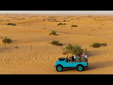 Luxury Desert Experience in Dubai: Dinner and Emirati Activities with Vintage Land Rover