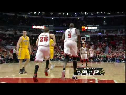 Kyle Korver Dunk (Indiana Pacers at Chicago Bulls)