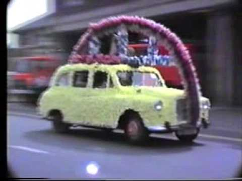 salford taxi drivers charity trip to southport 1986 pt 1  ...!!!