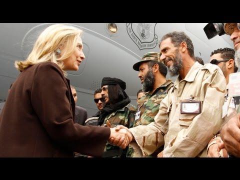 Clinton visits Libya
