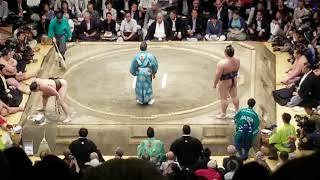 Japan: Sumo Tournament Fight 9/2018 - Ryogoku Kokugikan