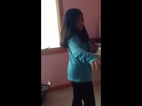 Maya dancing to sani sani pani pani