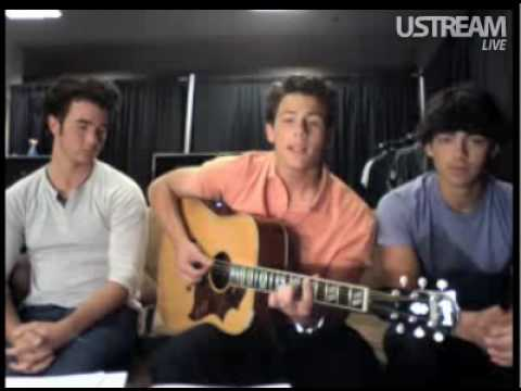 Nick Jonas playing a part of Catch Me by Demi Lovato (Live Chat 8/22/09)