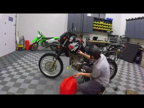 Time-lapse - 2007 DR650SE Adventure Build