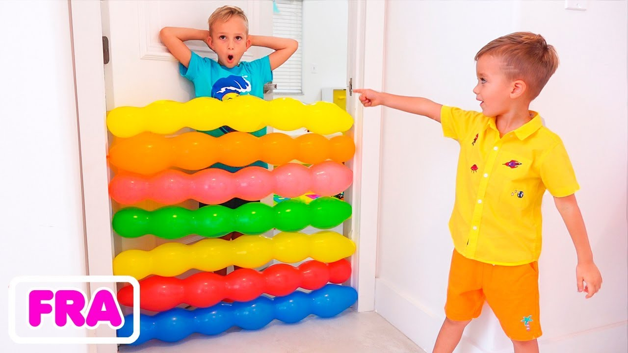Download Vlad et Nikita s'amusent à jouer avec des ballons