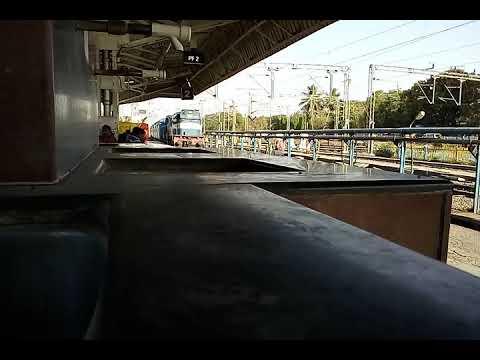 Mumbai pandharpur sainagar shirdi express arrive daund jn