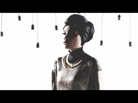 Yuna - Falling (US Version)