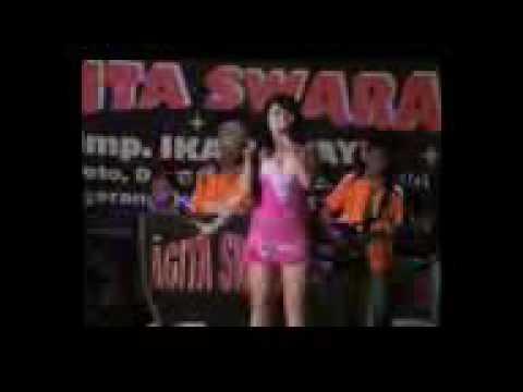 Dangdut Koplo Hot Agita Swara Raja Sawer Biduan Seksi mpeg4