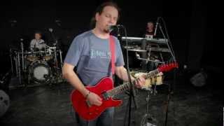 el ConStiDo band - A Little Less Conversation