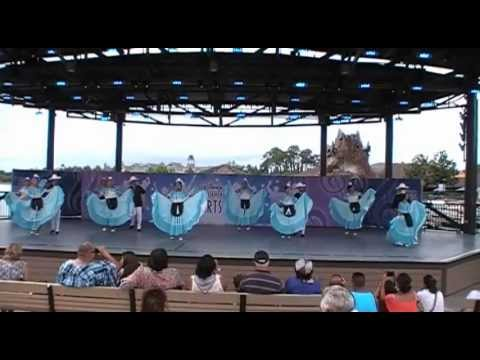 Baila! Baila! @ Downtown Disney's waterfront stage
