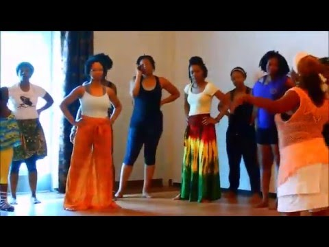 Queen Atterberry - WoSe Adande African Dance - African Drums