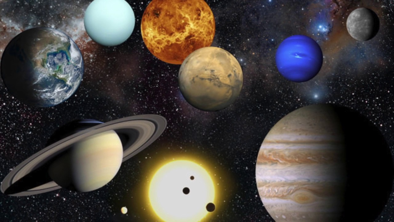 discover planets and moons in amazing detail-inverse - 800×547
