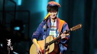 [HD]李宇春Li Yuchun2012深圳WhyMe演唱会《那又怎样》精华合并版 thumbnail