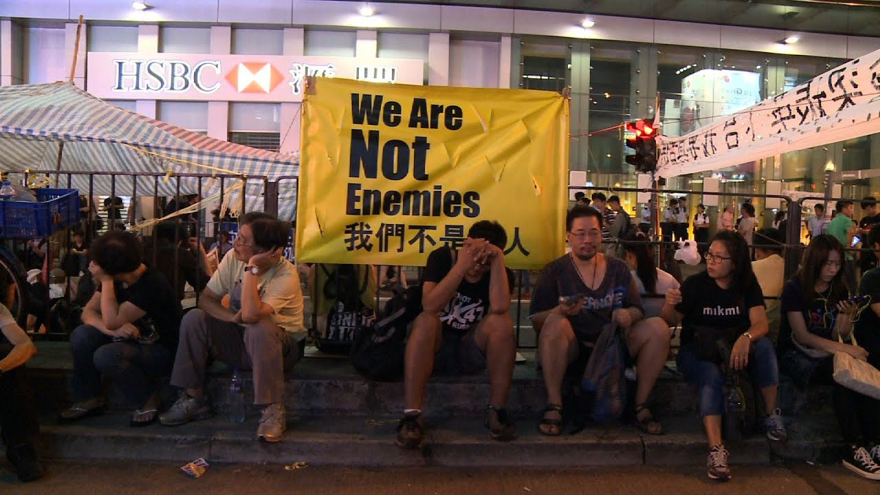 Hong Kong Occupy Movement Goes on, But Numbers Decline