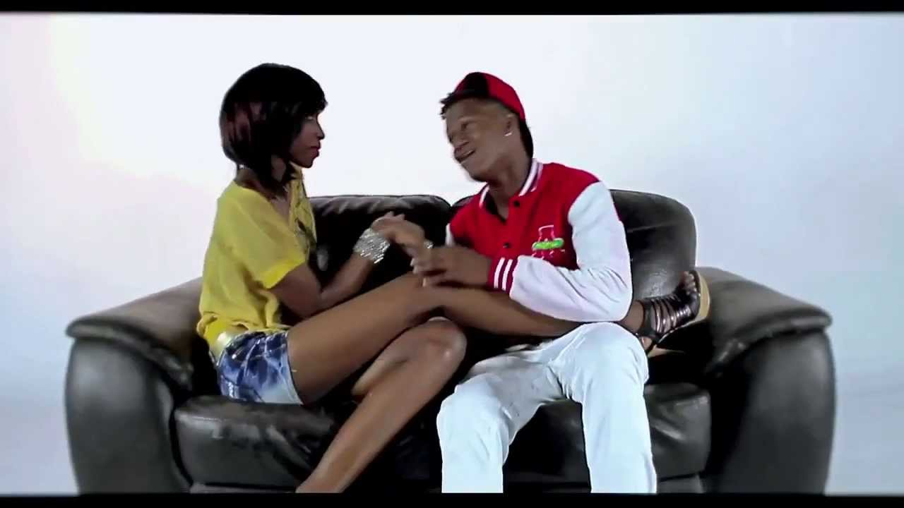 Chin Bees Inogire Official Music Mp4: Chin Bees Feat Aika & Nahreel (Official