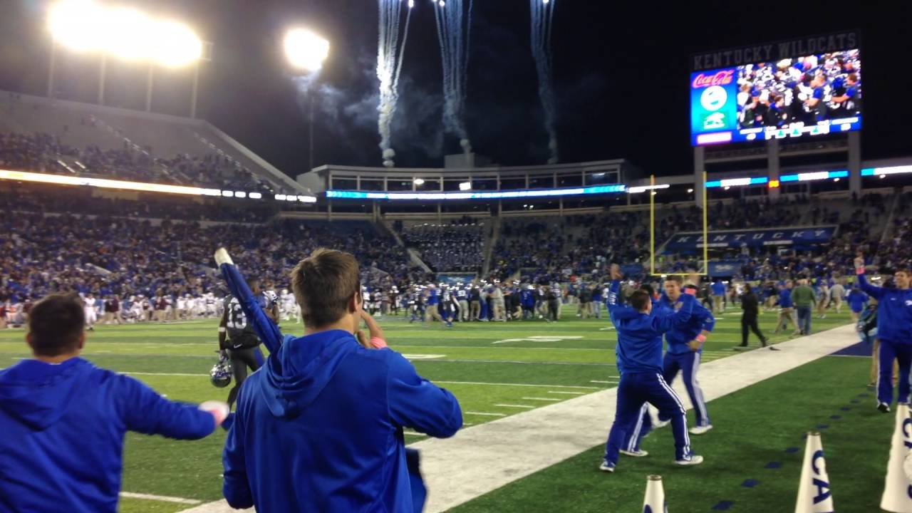 Kentucky Football Stuns Mississippi State With Game ...