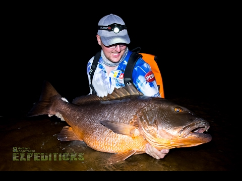 SHORE FISHING HUGE TARPON, SNAPPER, JACKS IN GABON - AFRICAS BEST FISHING SPOT!