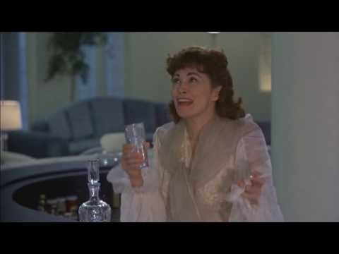 Mommie Dearest (Oscar Night)