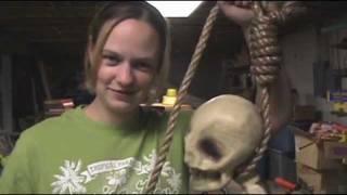 Halloween Props: Tie a REAL Hangman