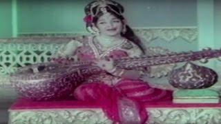 Malayalam Evergreen Devotional  Song | Peelippoomudi | Sree Guruvayoorappan | P. Leela
