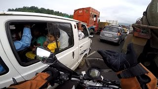 Daily observation #11 on KTM duke 390 | Stupid people on the Road.