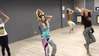 Уроки танцев для начинающих. Dancehall центр танца