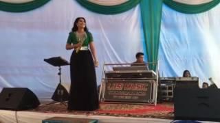 Ratu Sikumbang Live show