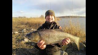 Рыбалка в марте на водохранилище сом лещ и толстолобик в 5С и ветер 15 м с