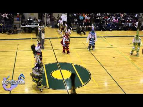 Bermuda Thanksgiving Basketball Classic - Gombeys Perform